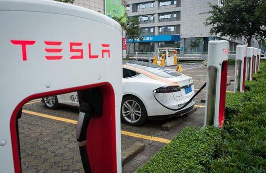 特斯拉或向其他汽车厂商开放超级充电站