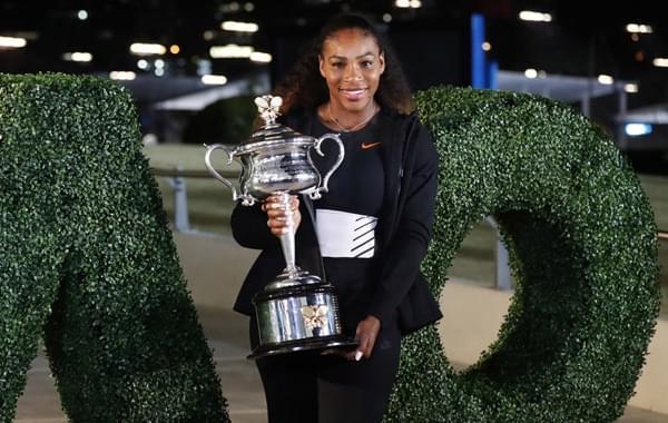 小威拍摄澳网冠军写真笑颜如花