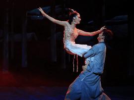《人·参》进京公演两天 百姓惊叹吉林文化视觉盛宴