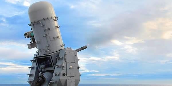 美伯克级驱逐舰:密集阵打到炮管弯了