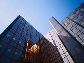 百家房企一季度营收环比降64% 五成房企利润上涨