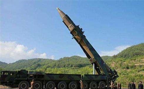 美国将击落朝鲜导弹  - 点击图片进入下一页