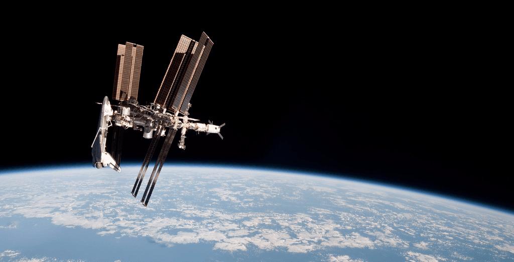 引力是如何影响时间与空间的?时间和空间并非绝