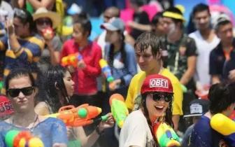 """泰国泼水节最全攻略 玩转世界级""""湿身""""趴"""