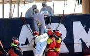 两艘难民船在地中海沉没