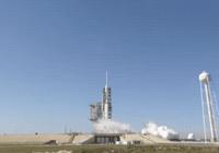 SpaceX猎鹰重型火箭完成点火测试,一周后将升空