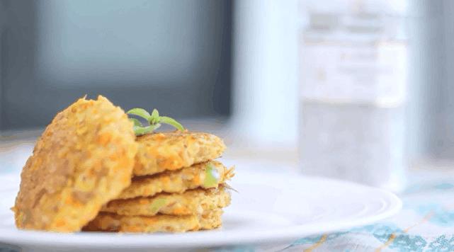 减肥食谱之鲜蔬龙利鱼饼 高蛋白低脂的增肌选择