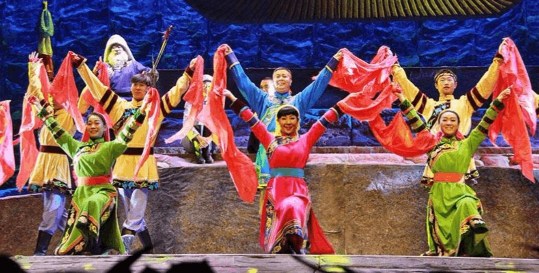 第十四届中国·内蒙古草原文化节拉开帷幕