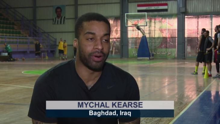 伊拉克联赛的美国外援迈克尔-凯尔斯