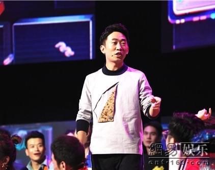 王俊凯惊喜现身《我想和你唱》 杨迪秒变粉丝