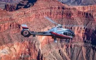 北美洲四个最佳直升机鸟瞰美景之旅