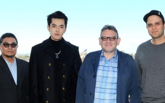 吴亦凡签环球音乐成首位签约华人唱作人 将推专辑