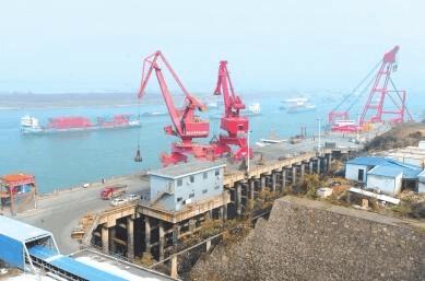 荆州加快一港十区建设 积极融入长江经济带