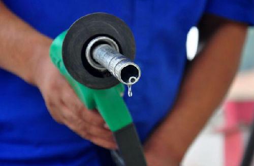 美媒:中国启动原油期货市场 将影响美元支付地位