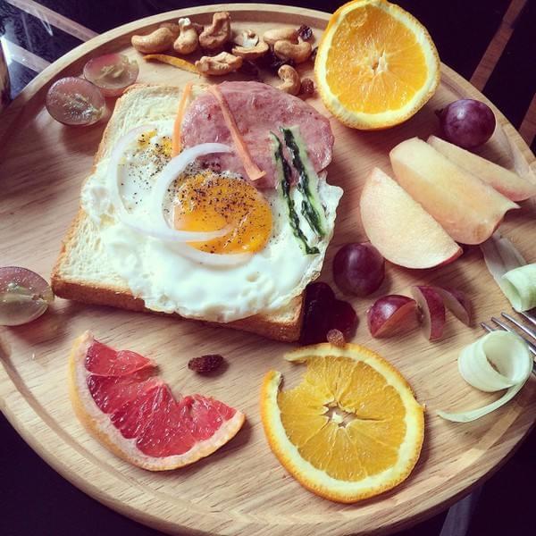 女白领为了每天多睡一会儿 8年不吃早餐痛失胆囊