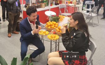 """电商年货节带来18岁初恋般的甜蜜 鹿寨蜜橙成""""网红爆款"""""""