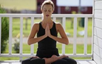 瑜伽运动怎么减肥 这几招让你瘦身又养生