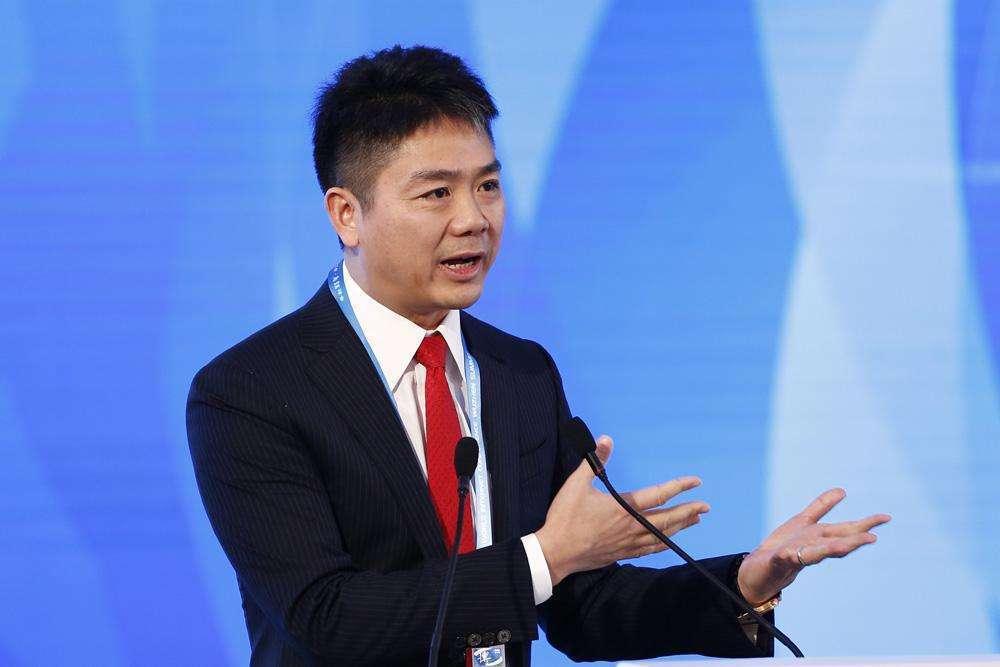 刘强东建议:政府加强农村地区物流基础设施建设