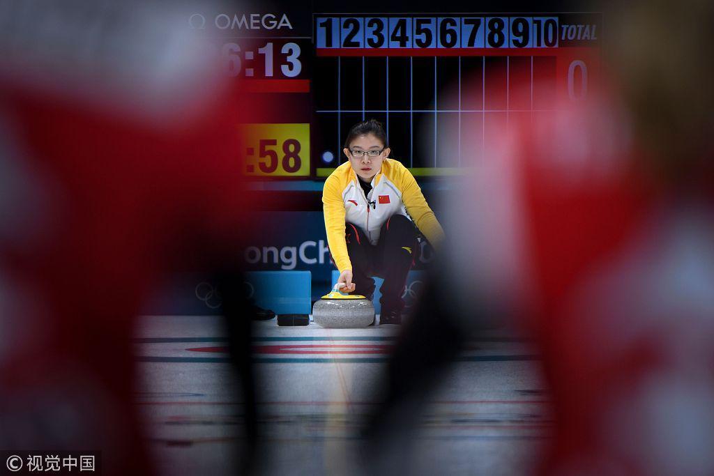 强势!中国女子冰壶首战逼对手认输 7-2大胜瑞士