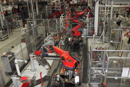 特斯拉全球服务能力扩2倍 为满足Model 3需求