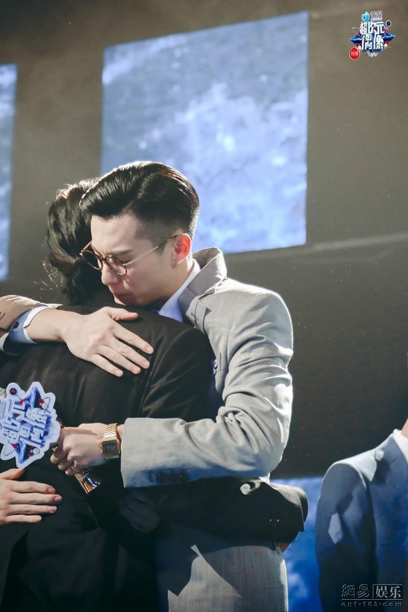 王鹤棣夺冠超次元偶像 签约五部大戏豪华套餐