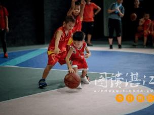亲子篮球大赛究竟怎么玩?与孩子一起分享快乐
