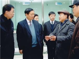 哈尔滨银行坚持心系小额信贷,积跬步,至千里。