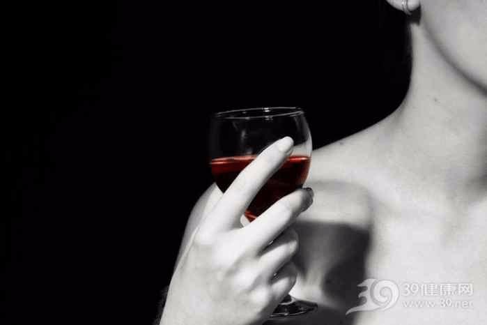 你喝酒会脸红吗?如果是 请牢记三个禁忌!