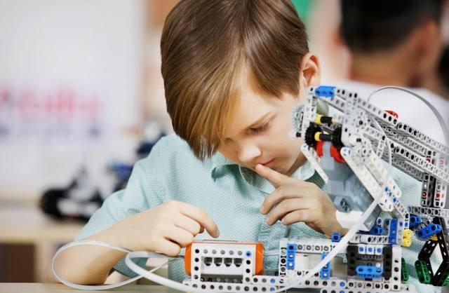 AI将让无数职业过时,如何规划孩子的职业生涯