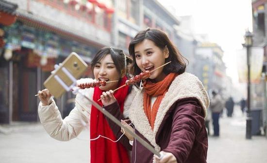 春节7天移动互联网流量消费84.9万TB同比增236%