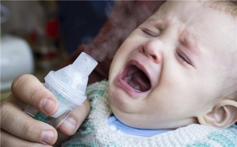 如何让宝宝乖乖喝药 这三种方式不可取