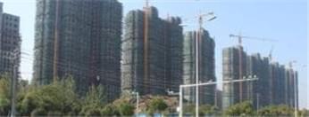 湖滨新区运河春天小区延期交房,建设局不作为