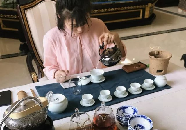西湖湾品咖啡鉴佳茗