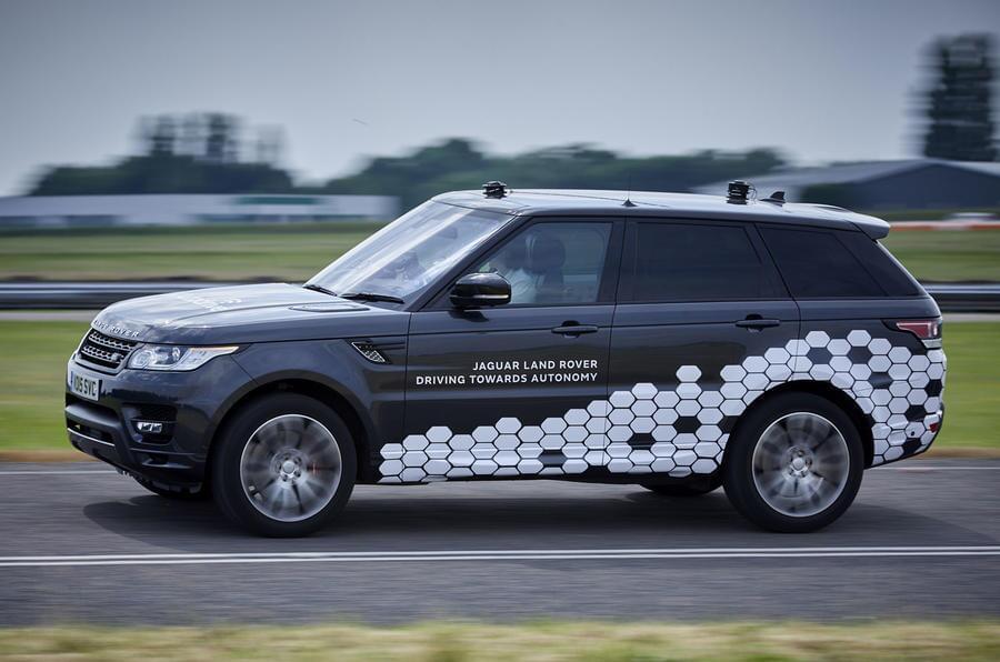 路虎揽胜搭载4级自动驾驶技术 能顺利通过十字路口