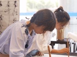 """近20名日本青年乘""""鉴真号""""来扬 体验扬州非遗文化"""