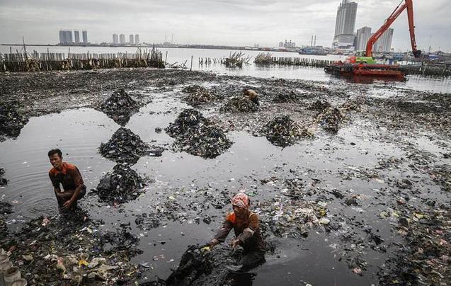 雅加达地面急剧下沉 十年内恐被淹没