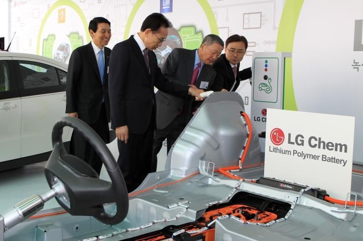 汽车行业转型 LG明年将建欧洲最大电动车电池工厂