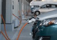 中国明确新能源车补贴退坡政策 防范企业盲目扩