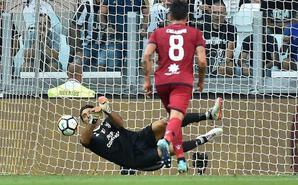 尤文3-0获意甲开门红 布冯扑点