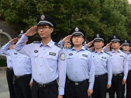 平顺县城管办积极应对低温雨雪冰冻天气