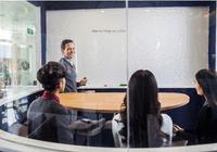 行业观点 |十年在线外教教学经验,华尔街英语告诉你为什么1对4外教小班课这么火