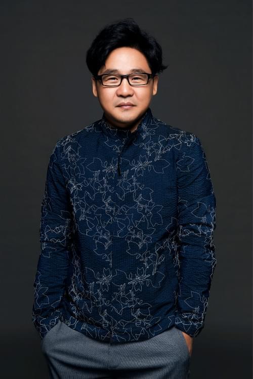 演员来喜出席足荣村电影节 获提名最佳男演员