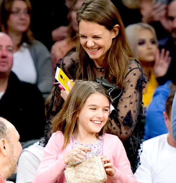 凯蒂赫尔姆斯受访谈女儿:不怕她长大进入叛逆期