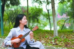 """广州美女学霸通过八校艺考 被称""""考霸"""""""