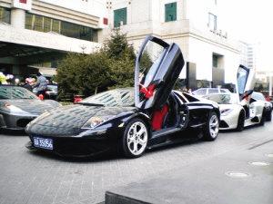 争抢中国市场 豪华车品牌暗中较劲