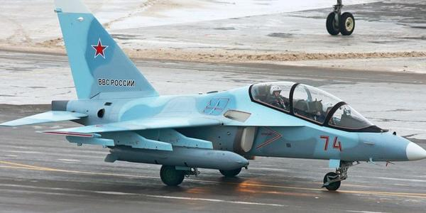 缅甸空军新到货两架雅克-130