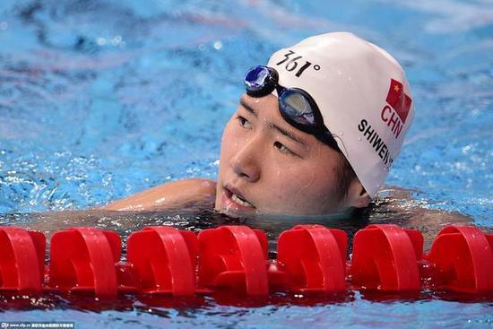 叶诗文200混合泳止步半决赛 张雨霏闫子贝进决赛图片