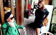 孙女为78岁爷爷拍艺术照