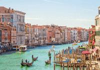 在意大利 你可以乘船或骑行 而不是坐汽车