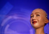 """""""机器人公民""""索菲亚出席联合国会议 AI革命到"""